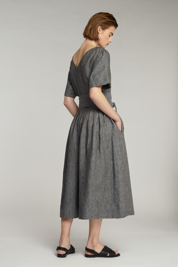 LINEN DELAVE PLEATED JURK CHARCOAL