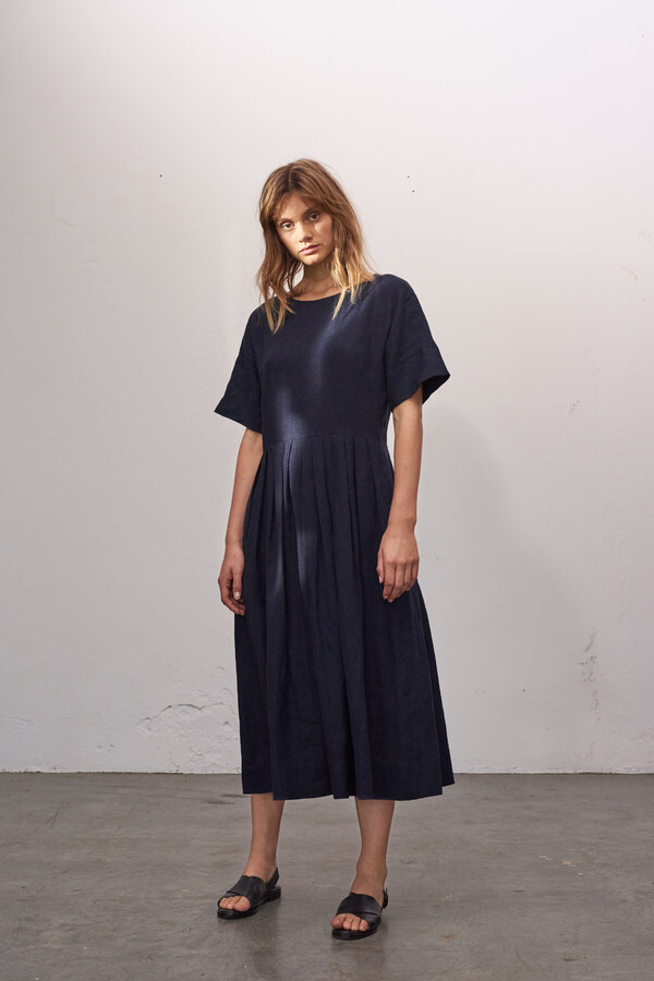 LINEN DELAVE PLEATED JURK MIDNIGHT BLUE