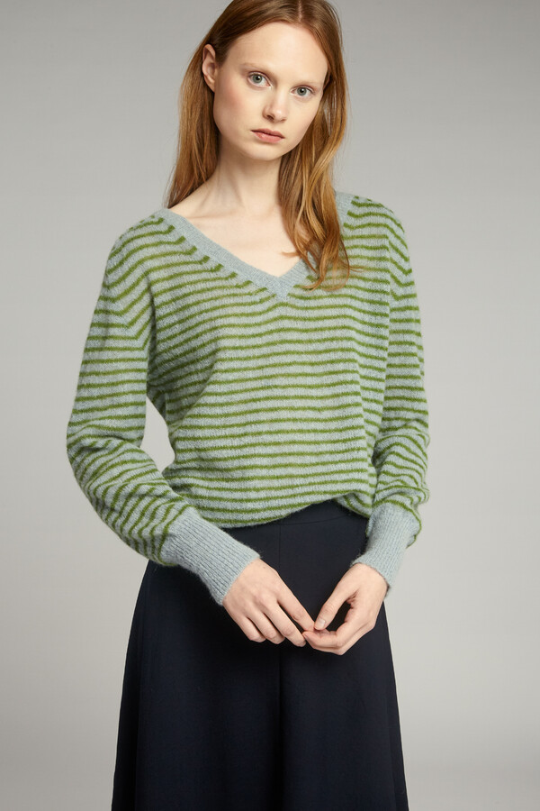 SUMMER ALPACA V-NECK JUNGLE STRIPE