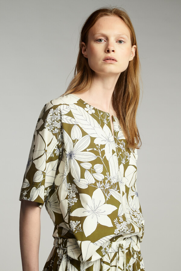 COTTON PRINT SPLIT FRONT TOP SAFARI GREEN