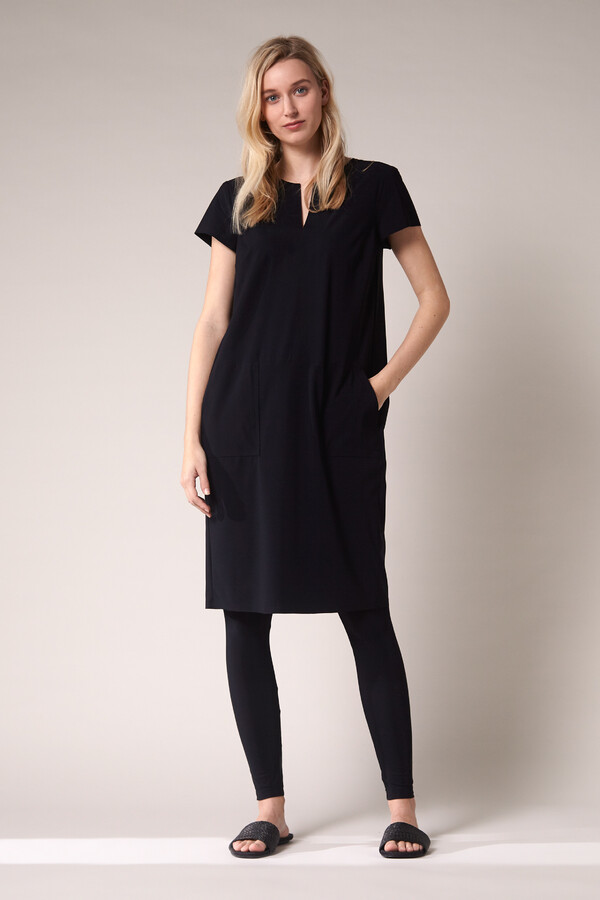 SPLIT NECK POCKET DRESS BLACK