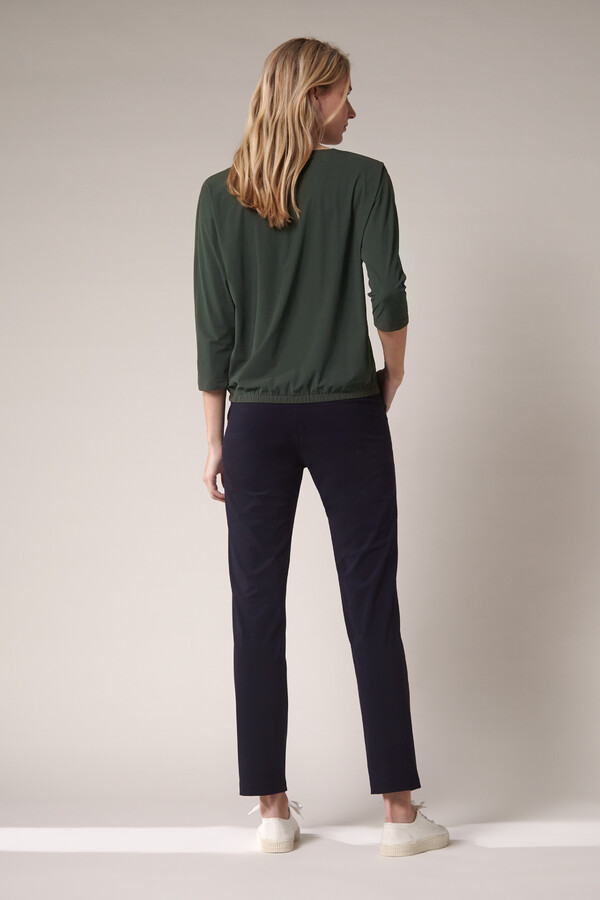 SPLIT NECK LOOSE TOP GREEN