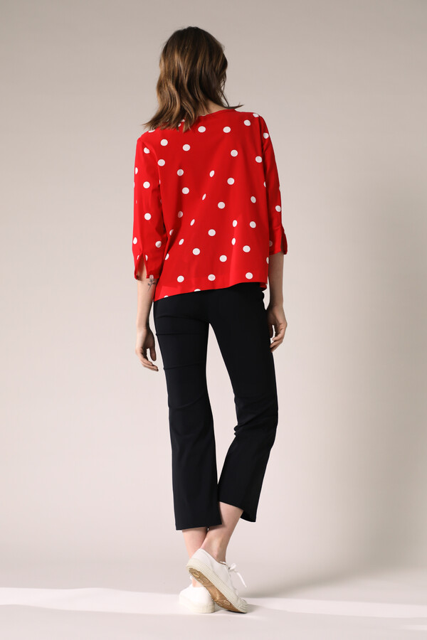 GATHERED TOP DOT PRINT RADICAL RED