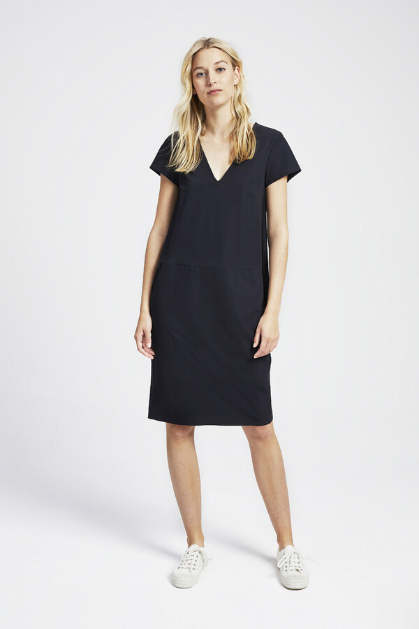 NEW POCKET DRESS BLACK